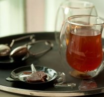 Thermo-glass cups with tea infusers