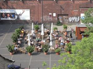 Biergarten in LiteraturCafe (www.goldmundkoeln.de)
