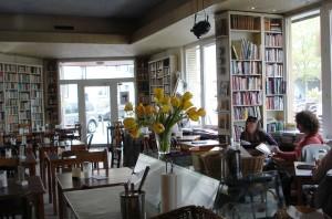 Goldmund LiteraturCafe in Cologne (www.allesueberkoeln.de)