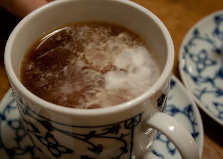 Cream clouds in the tea