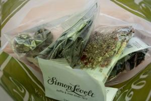 Tea shopping in Belgium, Simon Levelt tea and coffee shop